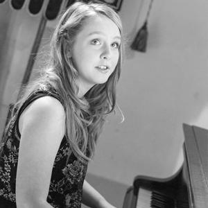 Ellie Moors